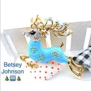 Betsey Johnson Reindeer Pendant Necklace 🍃🆕🍃
